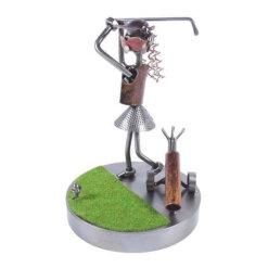 Figurine golfeuse au swing