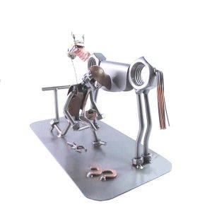 Figurine maréchal ferrant