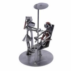 Figurine dentiste femme en métal